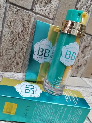 Двухфазный BB Cream + Primer база под макияж Natural Flawless